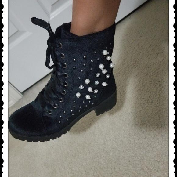 c38a9ff6ed6 💕Madden Girl Veera Velvet Boot-Women's💕